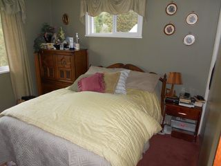 """Photo 5: 21527 80TH Avenue in Langley: Willoughby Heights House for sale in """"WILLIAMS OAC"""" : MLS®# F1405503"""