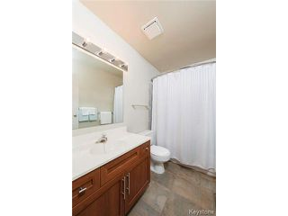 Photo 12: 76 Trowbridge Bay in WINNIPEG: St Vital Residential for sale (South East Winnipeg)  : MLS®# 1405516