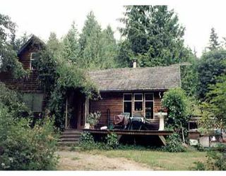 Main Photo: 1142 NEILSON RD in Roberts_Creek: Roberts Creek House for sale (Sunshine Coast)  : MLS®# V250095