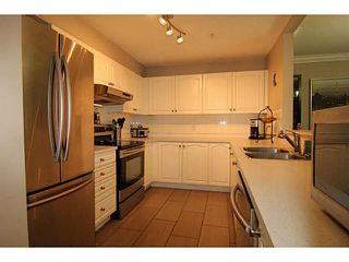 """Photo 12: 29 2378 RINDALL Avenue in Port Coquitlam: Central Pt Coquitlam Condo for sale in """"BRITTANY PARK"""" : MLS®# V1095397"""
