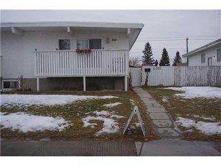 Photo 1: 6305 PENBROOKE Drive SE in Calgary: Penbrooke House for sale : MLS®# C3645933