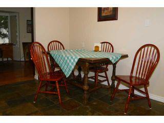 Photo 5: 2204 65 Street NE in Calgary: Pineridge Residential Detached Single Family for sale : MLS®# C3646064
