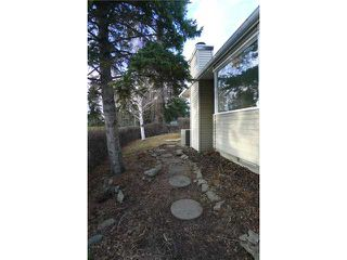 Photo 16: 2204 65 Street NE in Calgary: Pineridge Residential Detached Single Family for sale : MLS®# C3646064