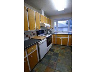 Photo 4: 2204 65 Street NE in Calgary: Pineridge Residential Detached Single Family for sale : MLS®# C3646064