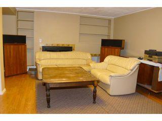 Photo 10: 2204 65 Street NE in Calgary: Pineridge Residential Detached Single Family for sale : MLS®# C3646064