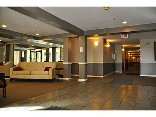 "Photo 2: 404 1148 WESTWOOD Street in Coquitlam: North Coquitlam Condo for sale in ""THE CLASSICS"" : MLS®# V1099464"