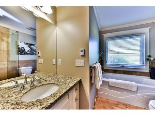 "Photo 10: 1042 HABGOOD Street: White Rock House for sale in ""Eastside"" (South Surrey White Rock)  : MLS®# F1434222"