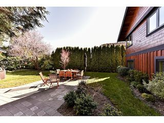 "Photo 17: 1042 HABGOOD Street: White Rock House for sale in ""Eastside"" (South Surrey White Rock)  : MLS®# F1434222"