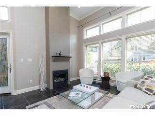 Photo 5: 4 118 Dallas Rd in VICTORIA: Vi James Bay Row/Townhouse for sale (Victoria)  : MLS®# 697761