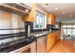 Photo 10: 4 118 Dallas Rd in VICTORIA: Vi James Bay Row/Townhouse for sale (Victoria)  : MLS®# 697761