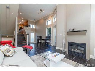 Photo 6: 4 118 Dallas Rd in VICTORIA: Vi James Bay Row/Townhouse for sale (Victoria)  : MLS®# 697761