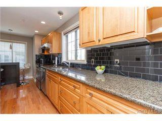 Photo 8: 4 118 Dallas Rd in VICTORIA: Vi James Bay Row/Townhouse for sale (Victoria)  : MLS®# 697761