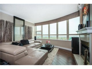 "Photo 4: 2403 1199 EASTWOOD Street in Coquitlam: North Coquitlam Condo for sale in ""SELKIRK"" : MLS®# V1116868"