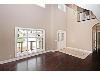 Photo 2: 140 KINNIBURGH Gardens: Chestermere House for sale : MLS®# C4028332