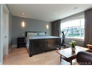 Photo 10: 589 Hampshire Rd in VICTORIA: OB South Oak Bay Single Family Detached for sale (Oak Bay)  : MLS®# 722882