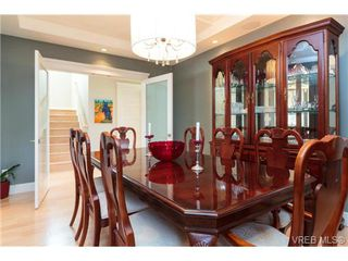 Photo 8: 589 Hampshire Rd in VICTORIA: OB South Oak Bay Single Family Detached for sale (Oak Bay)  : MLS®# 722882