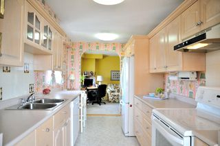 """Photo 12: 1305 6631 MINORU Boulevard in Richmond: Brighouse Condo for sale in """"PARK TOWERS"""" : MLS®# R2054665"""
