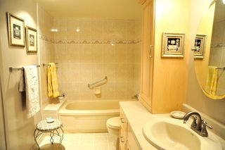 "Photo 16: 1305 6631 MINORU Boulevard in Richmond: Brighouse Condo for sale in ""PARK TOWERS"" : MLS®# R2054665"