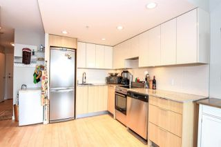 "Photo 4: 701 445 W 2ND Avenue in Vancouver: False Creek Condo for sale in ""MAYNARD'S BLOCK"" (Vancouver West)  : MLS®# R2084964"