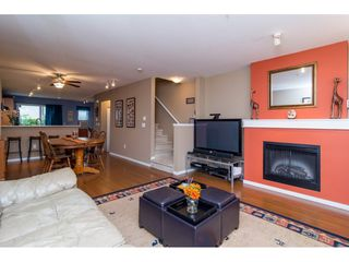 """Photo 4: 36 20875 80 Avenue in Langley: Willoughby Heights Townhouse for sale in """"PEPPERWOOD"""" : MLS®# R2106708"""