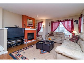 """Photo 3: 36 20875 80 Avenue in Langley: Willoughby Heights Townhouse for sale in """"PEPPERWOOD"""" : MLS®# R2106708"""