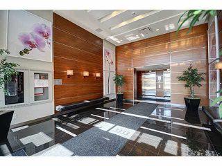 Photo 2: 503 3333 CORVETTE Way in Richmond: West Cambie Condo for sale : MLS®# R2108082
