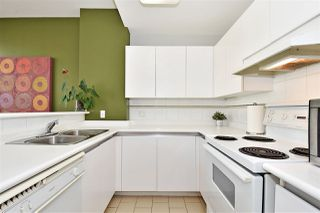 """Photo 6: 1110 989 NELSON Street in Vancouver: Downtown VW Condo for sale in """"THE ELECTRA"""" (Vancouver West)  : MLS®# R2113727"""