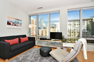 """Photo 3: 1110 989 NELSON Street in Vancouver: Downtown VW Condo for sale in """"THE ELECTRA"""" (Vancouver West)  : MLS®# R2113727"""