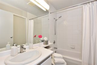 """Photo 10: 1110 989 NELSON Street in Vancouver: Downtown VW Condo for sale in """"THE ELECTRA"""" (Vancouver West)  : MLS®# R2113727"""