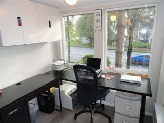 "Photo 4: 203 3 N GARDEN Drive in Vancouver: Hastings Condo for sale in ""3 NORTH GARDEN COURT"" (Vancouver East)  : MLS®# R2123643"