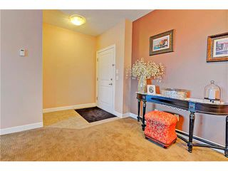 Photo 2: 105 88 ARBOUR LAKE Road NW in Calgary: Arbour Lake Condo for sale : MLS®# C4094540