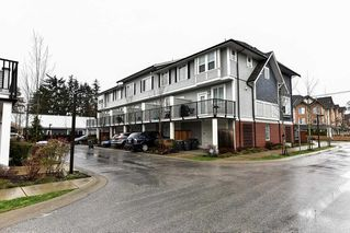 "Photo 2: 2 8713 158 Street in Surrey: Fleetwood Tynehead Townhouse for sale in ""FLEETWOOD MEWS"" : MLS®# R2133989"