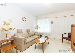 Photo 14: 4459 Autumnwood Lane in VICTORIA: SE Broadmead House for sale (Saanich East)  : MLS®# 754384