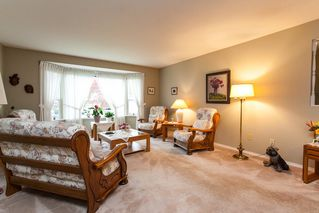 Photo 7: 21583 93B Avenue in Langley: Walnut Grove House for sale : MLS®# R2160482