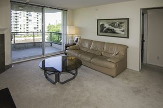 "Photo 3: 709 7080 ST. ALBANS Road in Richmond: Brighouse South Condo for sale in ""MONACO AT THE PALMS"" : MLS®# R2184692"
