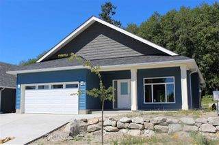 "Main Photo: 6436 APPLE ORCHARD Road in Sechelt: Sechelt District House for sale in ""WEST SECHELT"" (Sunshine Coast)  : MLS®# R2197484"