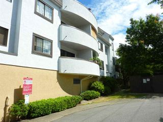 "Photo 2: 333 7480 ST. ALBANS Road in Richmond: Brighouse South Condo for sale in ""BUCKINGHAM PALACE"" : MLS®# R2199662"