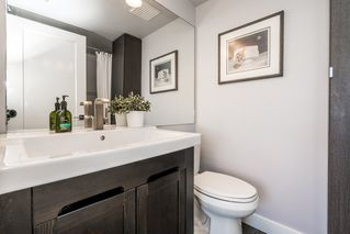 """Photo 20: 1107 10899 UNIVERSITY Drive in Surrey: Whalley Condo for sale in """"Observatory"""" (North Surrey)  : MLS®# R2218744"""