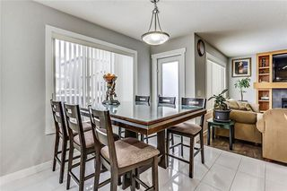 Photo 15: 325 Saddlecrest Way NE in Calgary: Saddle Ridge House  : MLS®# C4149874
