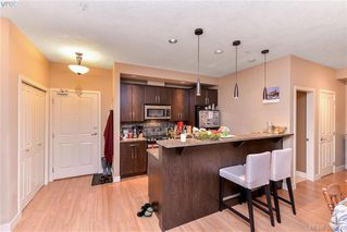 Photo 3: 306 623 Treanor Ave in VICTORIA: La Thetis Heights Condo for sale (Langford)  : MLS®# 777067