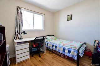 Photo 10: 558 Berwick Place in Winnipeg: Fort Rouge Residential for sale (1Aw)  : MLS®# 1805408
