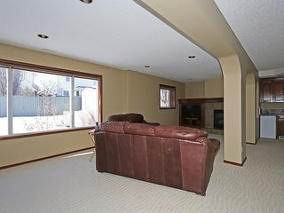 Photo 30: 812 RIVERVIEW Place SE in Calgary: Riverbend House for sale : MLS®# C4172645