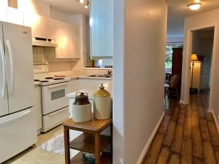 "Photo 3: 102 210 CARNARVON Street in New Westminster: Downtown NW Condo for sale in ""HILLSIDE HEIGHTS"" : MLS®# R2251837"