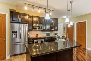 "Photo 6: 104 11887 BURNETT Street in Maple Ridge: East Central Condo for sale in ""WELLINGDON"" : MLS®# R2255050"