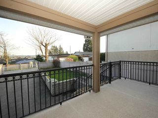 Photo 14: A 1042 CHARLAND Avenue in Coquitlam: Central Coquitlam House 1/2 Duplex for sale : MLS®# R2257385