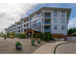 "Photo 2: 102 4500 WESTWATER Drive in Richmond: Steveston South Condo for sale in ""COPPER SKY WEST"" : MLS®# R2266032"