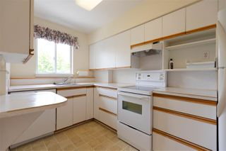 """Photo 10: 102 6076 TISDALL Street in Vancouver: Oakridge VW Condo for sale in """"THE MANSION HOUSE ESTATES LTD."""" (Vancouver West)  : MLS®# R2275870"""