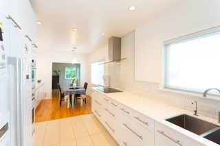 Photo 6: 3770 FRASER Street in Vancouver: Fraser VE House for sale (Vancouver East)  : MLS®# R2277167