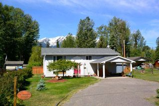 Photo 1: 2005 22ND Avenue in Smithers: Smithers - Rural House for sale (Smithers And Area (Zone 54))  : MLS®# R2278447