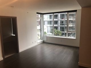 "Photo 6: 607 68 SMITHE Street in Vancouver: Downtown VW Condo for sale in ""FALSE CREEK\VW"" (Vancouver West)  : MLS®# R2311048"
